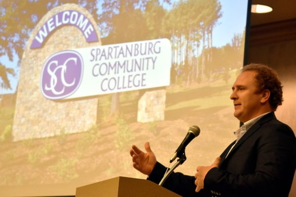 Spartanburg Community College makes highway a 'spot of pride'